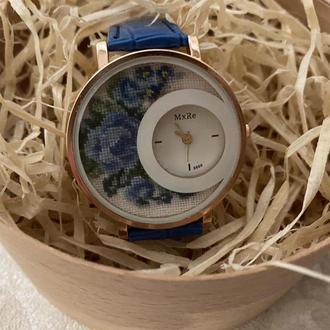 часы с микровышивкой