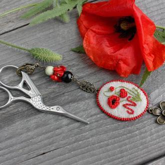 Маячок для ножниц с монограммой и натуральными камнями Аксессуар для вышивания Подарок рукодельнице