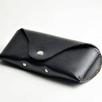 Кожаный футляр для очков черный