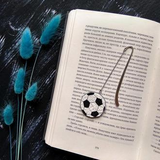 Мужская закладка для книги с футбольным мячом. Удобная закладка для футбольного фаната, футболиста