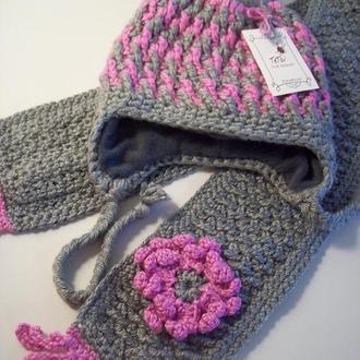 Комплект шапочка и шарф для осени.