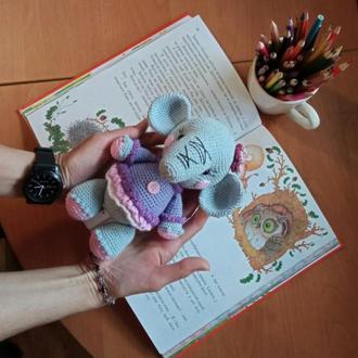 Слоник Аринка в платице вязаная мягкая игрушка