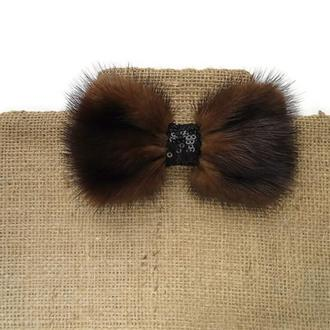 Галстук-бабочка из меха норки. Dark brown mink bow tie.