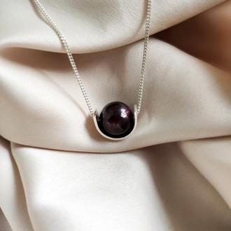 Срібна підвіска з натуральним гранатом, Мінімалістичне колье з бордовим каменем