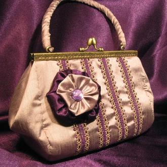 Авторская тканевая сумочка, с фермуаром бронзового цвета, стиль винтажный