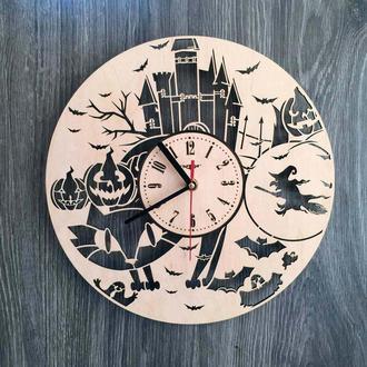 Концептуальные часы на стену «Хеллоуин»