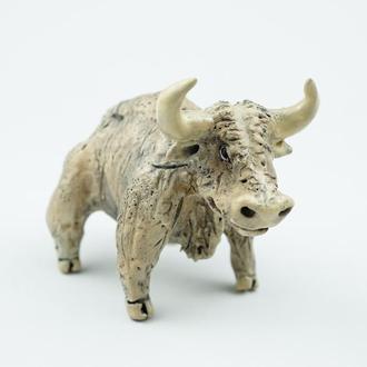 Статуэтка быка белого подарок на успех талисман