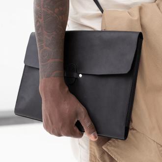 Чехол для MacBook  из натуральной кожи с винтажным эффектом черного цвета
