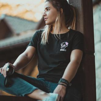 """Женская футболка с авторской вышивкой """"Zombies"""""""