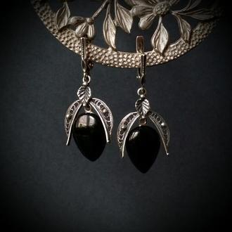 Срібні сережки з краплями чорного агату