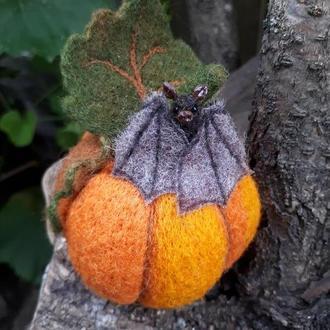 Мастер-класс по валянию тыквы. Тыква и мышь на Хэллоуин
