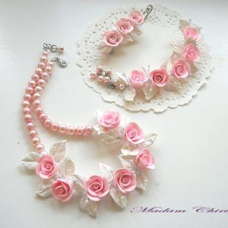 Детский комплект украшений с розами