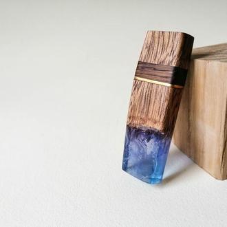 USB флеш-накопичувач в дерев'яному корпусі  16 Гб, флешка дерево і смола - оригінальний подарунок