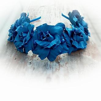 Веночек на голову с синими розами