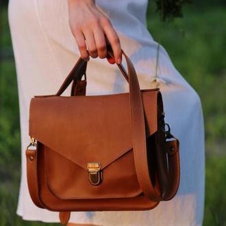 Элегантная женская сумка из натуральной кожи коньячного цвета