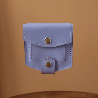 Миниатюрный кошелек ручной работы лавандового цвета из натуральной кожи с легким глянцевым