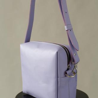 Женская сумка через плечо ручной работы из натуральной кожи с глянцевым эффектом лавандового цвета