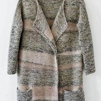 Вязаное спицами меланжевое пальто(кардиган).