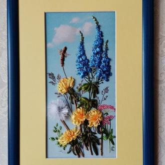 """Картина вышитая лентами """"Полевые цветы"""""""