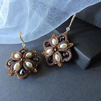 Кружевные серьги с кристаллами, Геометрические серьги, Вечерние серьги , Серьги с жемчугом