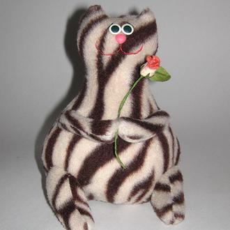 Кот с розой - авторская мягкая игрушка