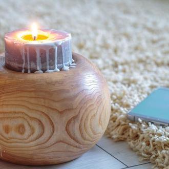 свічник з деревини ясену