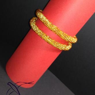 Золотистый браслет в этно стиле