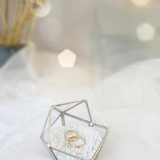 Свадебная шкатулка для обручальных колец. Коробочка для колец. Стеклянная шкатулка.