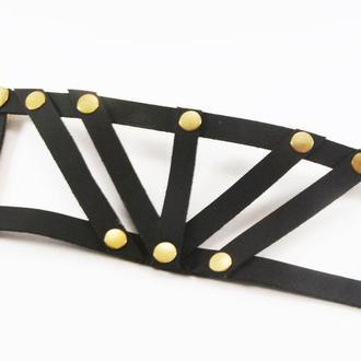 Симетричний кожаный браслет от мастерской Wild
