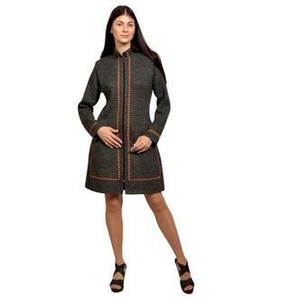 Вязанное пальто.