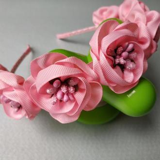 Венок на голову розовый цветы из лент