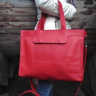 Красная женская кожаная сумка