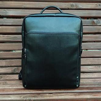 Черный кожаный мужской рюкзак