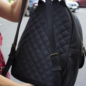 Кожаный женский рюкзак. Городской рюкзак.  Черный матовый рюкзак