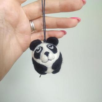 Игрушка панда  валяная  из шерсти
