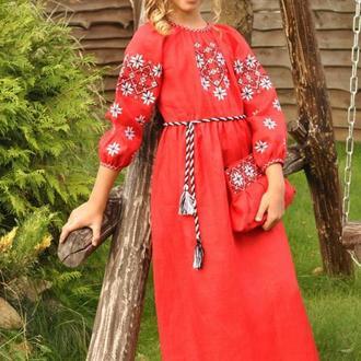 Вышитое платье для девочки ДП10-261