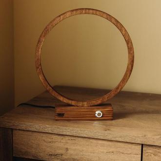 Деревянный светильник, Настольная деревянная лампа в минималистическом стиле