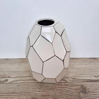 Белая керамическая ваза, 27 сантим. Современный интерьер. Керамическая ваза для цветов