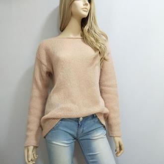 Женский вязаный свитер из мохера