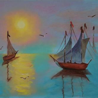 Лазурное море в лучах заката
