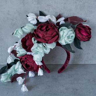 Ободок с цветами из ткани и кожи