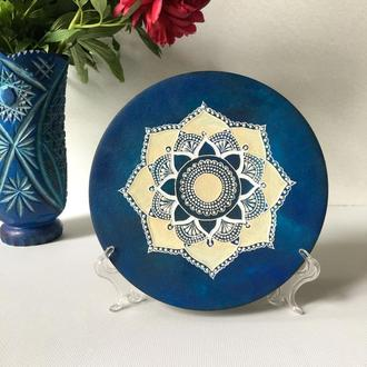 Декоративная тарелка. Настенная деревянная тарелка.