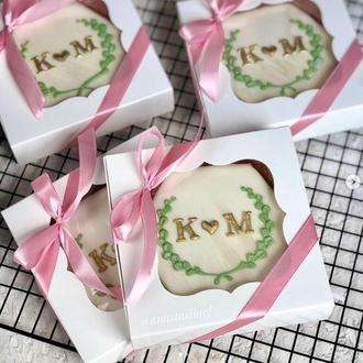 Пряники для гостей свадьбы, бонбоньерки