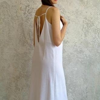 Белый сарафан с открытой спинкой из натурального льна