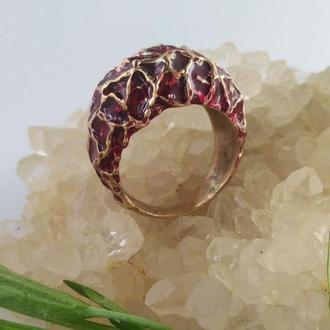 Кольцо  крупное Уникальный дизайн с красной эмалью