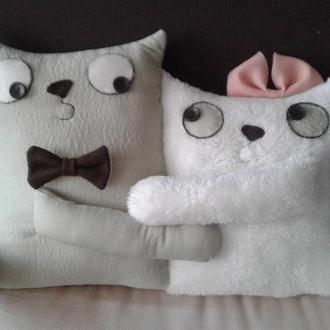 "Интерьерная подушка ""Коты Парочка"""