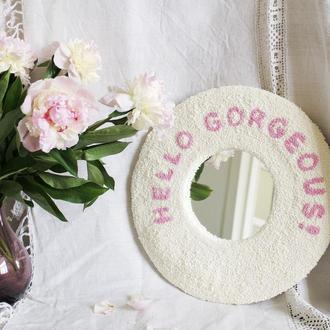 Декоративное зеркало с ковровой вышивкой