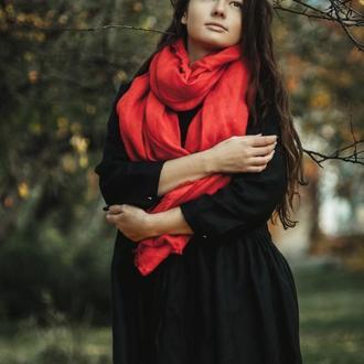 Красный льняной шарф Подробнее