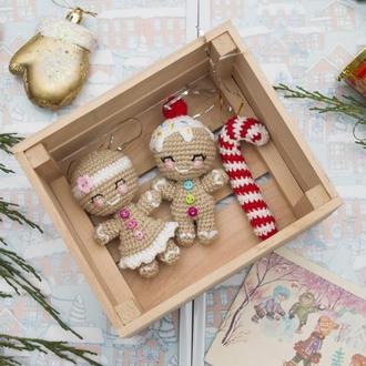Пара Пряничные человечки ,новогодние игрушки вязаные крючком, игрушки на елку