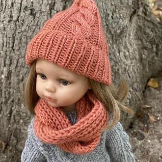 Вязаный комплект шапка и шарф для Паола Рейна, Одежда для куклы Paola Reina 32 см